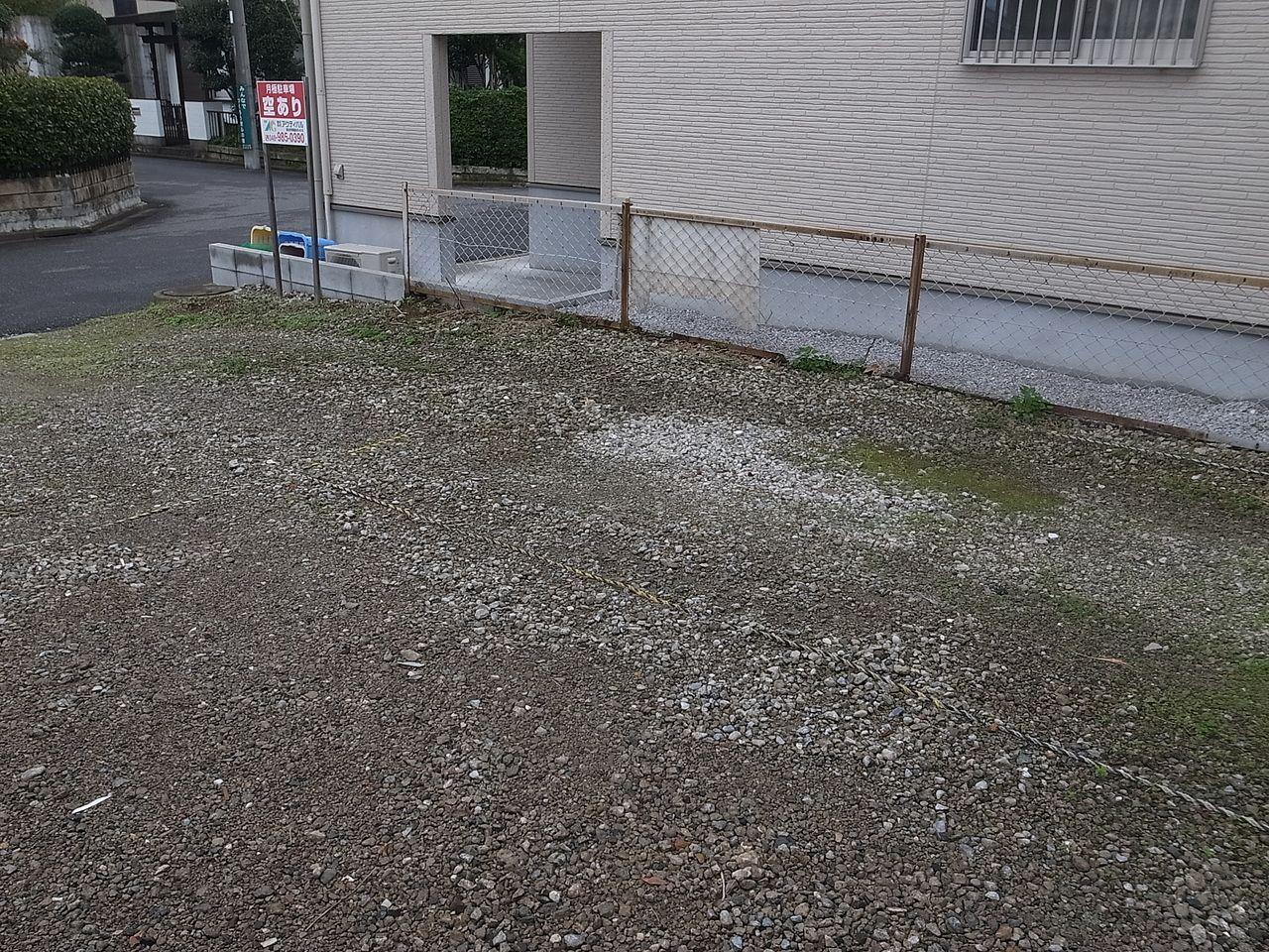 今年最後の月極駐車場除草作業 ~アクティバルの月極駐車場管理⑧~