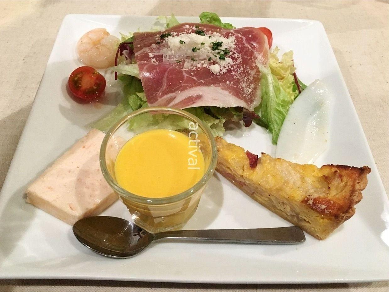 ブールマニエさんのコース料理の前菜です!