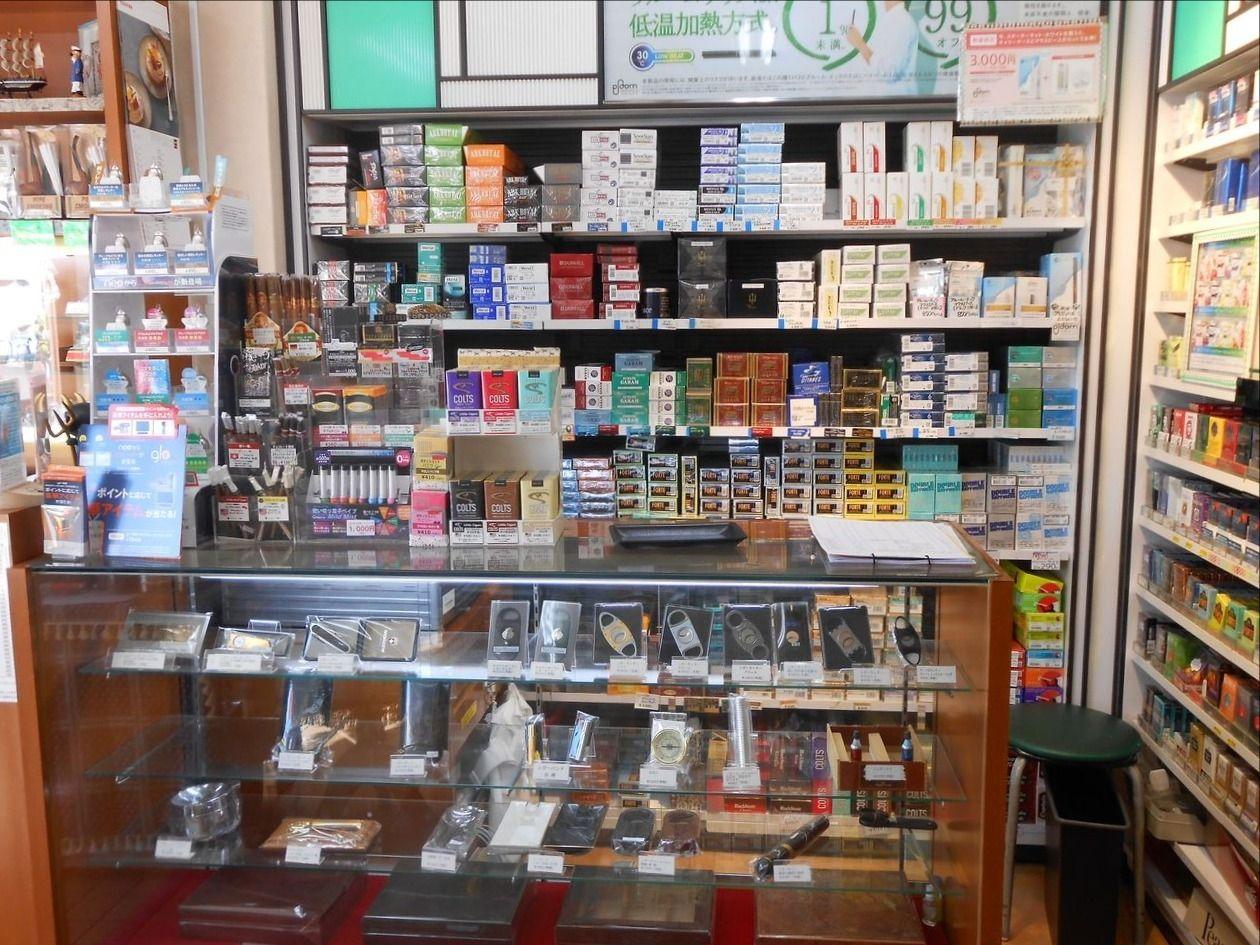 コンパルさんはたばこ専門店らしい店内の様です子!