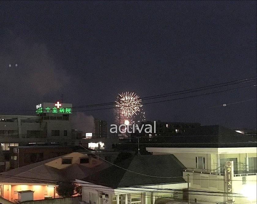越谷市赤山町にある当社テナントビル「ア・ス・ヴェルデ」から見る越谷花火大会の花火です!!