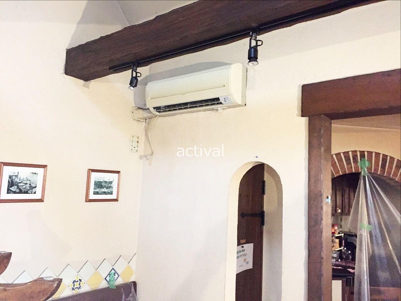 壁掛け型のエアコン工事の様子③です。