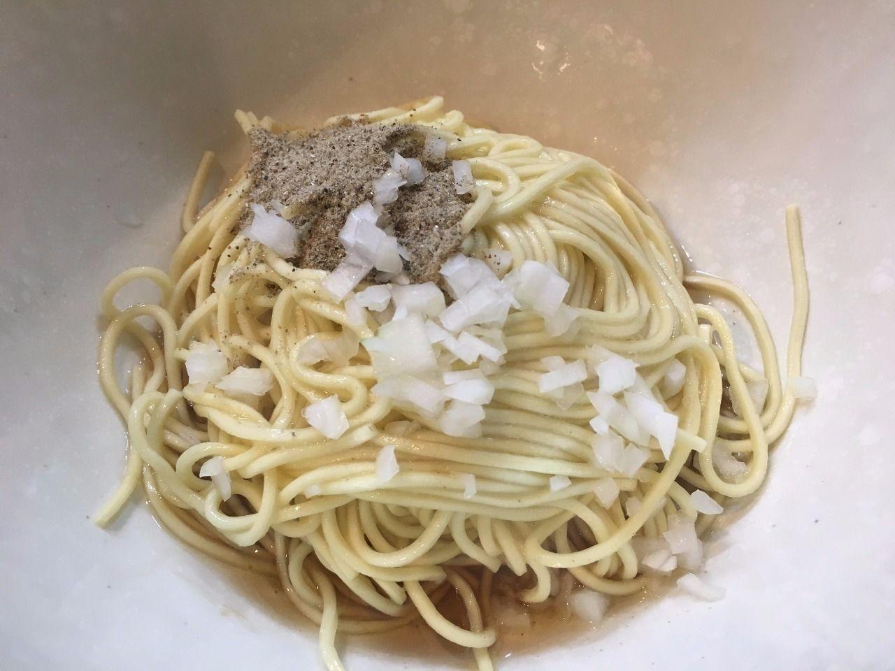 麺屋・烈さんのニボ玉です!
