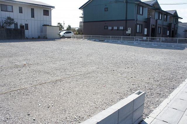 駐車台数を増やすために駐車場の駐車スペース・区画を狭くしても良いのか? ~実際にあった不動産の相談事例⑮~