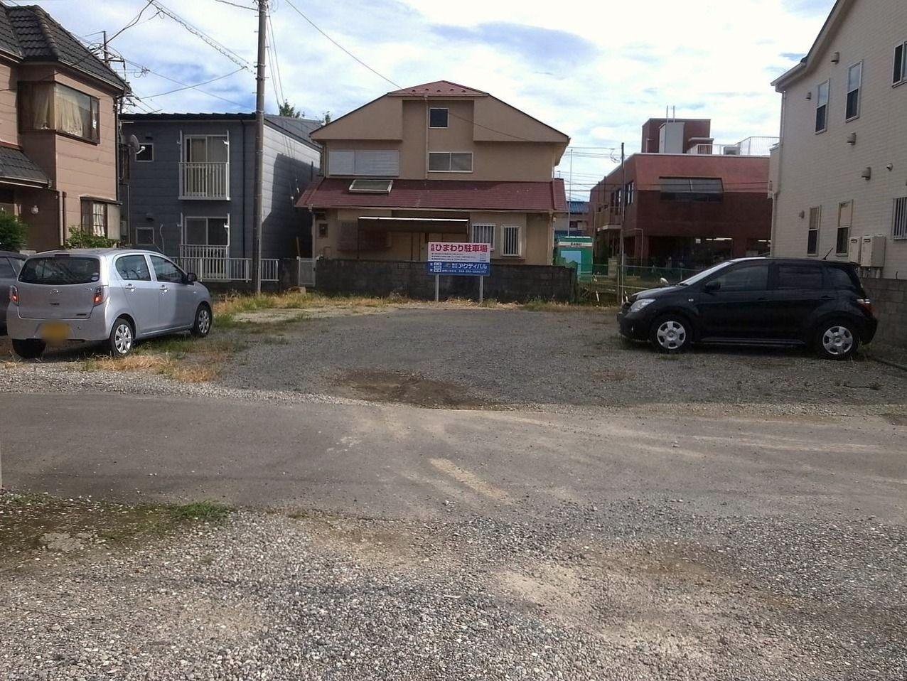 吉川市栄町にある月極駐車場のひまわり駐車場写真です!!
